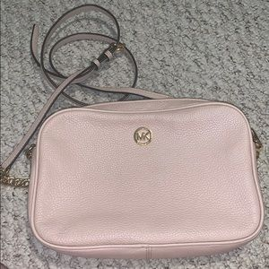 Michael Kors crossbody cream bag